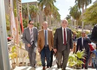 بالصور| رئيس جامعة أسيوط يتفقد كلية الزراعة