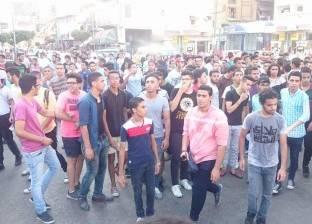 أولياء أمور وطلاب الثانوية العامة يغلقون شارع محمد علي في بورسعيد