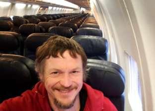 """راكب وحيد على متن طائرة """"بوينج 737"""" في رحلة إلى إيطاليا"""