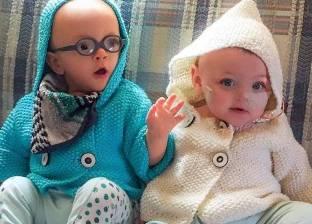 بالصور| حكاية توأم مولودين في الشهر الخامس وأتما عامهما الأول