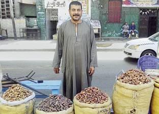 سوق البلح على صفيح ساخن: «يا تشترى بلح.. يا تاكل عجوة»