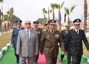 قائد الجيش الثاني الميداني يحضر تدشين مبادرة حلوة يا بلدي في بورسعيد