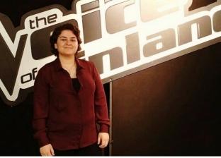 """فتاة سورية تشغل مسرح """"ذا فويس"""" في فنلندا"""