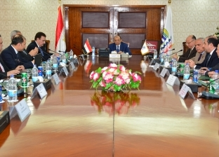 """""""شعراوي"""" يبحث تعظيم موارد """"النقل العام"""" بالتعاون مع القطاع الخاص"""