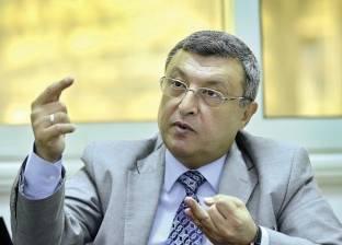 """وزير البترول الأسبق: حديث الحكومة عن خطط خمسية وعشرية """"شعارات زائفة"""""""