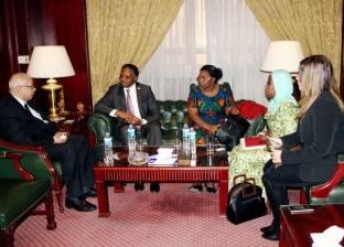 علي حسن لوفد تنزانيا: التعاون بين الدول الأفريقية ضرورة حتمية