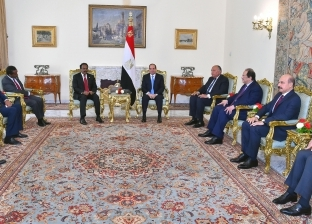 آخرها السودان.. مصر على موائد حلّ أزمات أشقائها