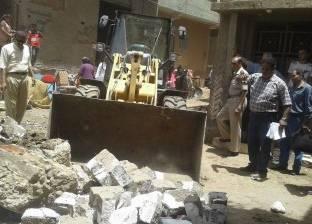 تراشُق بين الأهالى وحملة إزالة مبنى مخالف فى قرية بالمنوفية.. والنيابة تحقق
