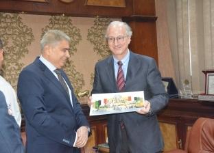 محافظ المنيا يستقبل السفير الأرجنتيني لتعزيز العلاقات الثنائية
