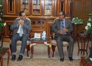 """""""انفراجة في شمال سيناء"""".. المحافظ: فتح كل الطرق وإدخال أدوات البناء"""