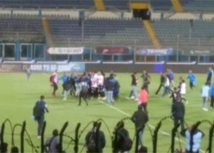 اعتداء جنش على مصور صحفي عقب انتهاء مباراة الزمالك وبيراميدز