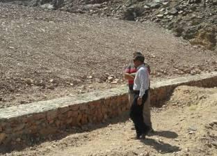 بالصور| تنفيذ 42% من أعمال حماية الوادي الأخضر من السيول بشمال سيناء