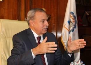 بعد 12 يوما من تعيينه.. محافظ قنا يقيل رئيس مدينة قوص لانتشار القمامة
