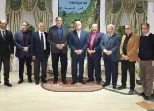 بالصور| محافظ جنوب سيناء يستقبل إدارة «شرم الشيخ السينمائي»