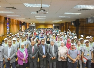 دور الإعلام في تطوير العقل المصري في حوار مفتوح مع طلاب جامعة القاهرة