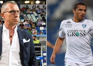 لاعب جزائري يثير الجدل في الدوري الإيطالي.. ترك الملعب وذهب للصلاة
