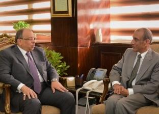 وزير التنمية المحلية يستقبل سفير الهند بالقاهرة لبحث التعاون المشترك