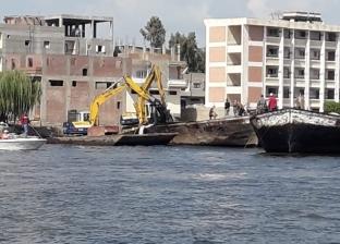حملة مكبرة لإزالة الأقفاص السمكية بنهر النيل في البحيرة