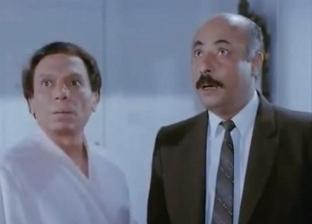 فايق عزب شارك عادل إمام عددا من الأفلام.. والزعيم: أنت بقيت مشهور