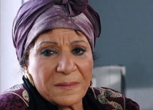 نجل عايدة عبدالعزيز: والدتي أصيبت بصدمة بعد وفاة والدي ولم تنطق بكلمة