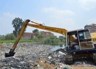 رفع المخلفات والقمامة وتنظيف وصلة الذراع البحري بالإسكندرية