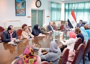 مرزوق يطالب بتكثيف حملات توعية المرأة بالمشاركة في التعديلات الدستورية