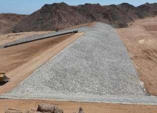 إنهاء مشروع حماية منطقة وادي البيضا من المياه الجوفية في دهب