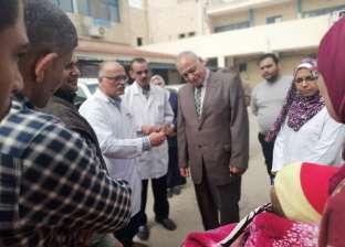 وكيل وزارة الصحة بالإسكندرية يتفقد مستشفى أبي قير