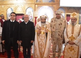 """محافظ بورسعيد يزور الكنائس للتهنئة بـ""""عيد الميلاد"""""""