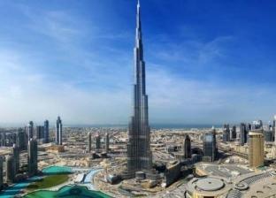 برج خليفة يضيء بأكثر من 860 ألف ضوء لدعم حملة 10 ملايين وجبة