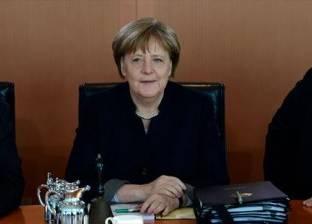 ميركل تلتقي ماكرون وسط أزمة الهجرة قبل قمة الاتحاد الأوروبي