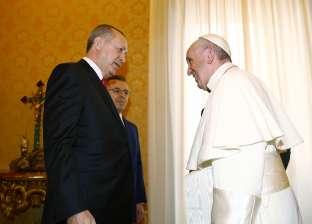 البابا فرانسيس يستقبل أردوغان في أول زيارة لرئيس تركي منذ 59 عاما