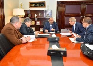 وزير التنمية يبحث مع محافظ المنيا منظومة النظافة والمخلفات الصلبة