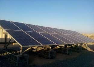 محافظ الأقصر يطالب بالتوسع في استخدام الطاقة الشمسية بمدن المحافظة