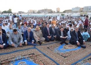 بالصور.. أهالي سوهاج يؤدون صلاة العيد بـ207 ساحات