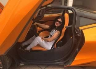 بالفيديو  جومانا مراد تستعرض براعتها في قيادة السيارات الرياضية بلندن
