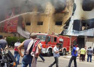 قوات الحماية المدنية تسيطر على حريق ورشة الأخشاب بطنطا