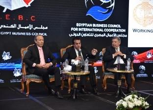 عبدالغفار: الدولة لا تتدخر جهدا لتطوير منظومة التعليم في مصر