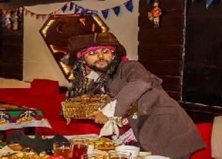 «شكشك وبكار وشهرزاد» يقدمون الطعام لرواد مطعم: أهلاً بك فى رمضان زمان