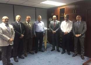 """""""مصر للطيران"""" توقع بروتوكول تعاون لنقل 3384 حاجا فلسطينيا"""
