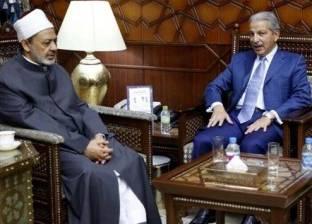 شيخ الأزهر يستقبل سفير المملكة العربية السعودية بالقاهرة