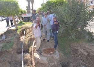 محافظ الإسماعيلية يتابع العطل المفاجئ بخط الطرد لشبكة الصرف الصحي