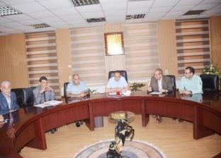 محافظ الشرقية يبحث تقنين وضع 410 فدانا من أراضي الدولة في بلبيس