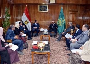 """مرزوق يطالب بمراعاة الجانب الجمالي في تصميمات مشروع """"ممشى النيل"""""""