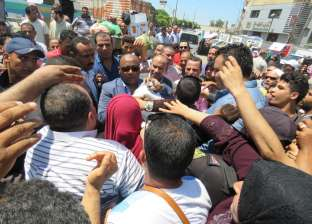 تحرير 132 مخالفة مرافق وإشغالات و56 قضية تموينية في حملات بالغربية