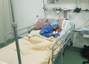 بالصور| وزير الدفاع يكلف بعلاج سيدة مسنة بسوهاج