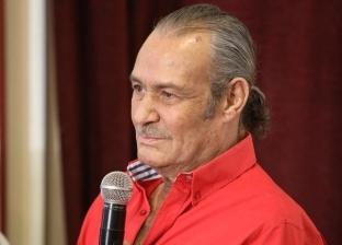 فاروق الفيشاوي: حزين على حال السينما المصرية والدولة تخلت عنها