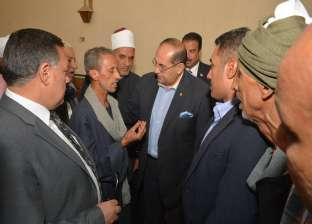 محافظ سوهاج يقدم العزاء لأسرة الشهيد محمد أحمد السيد