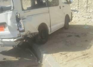 إصابة 6 في حادث انقلاب سيارة ميكروباص بالأقصر