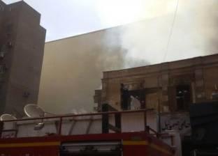 """قوات الحماية المدنية تواصل السيطرة على حريق """"محلات أسيوط"""""""